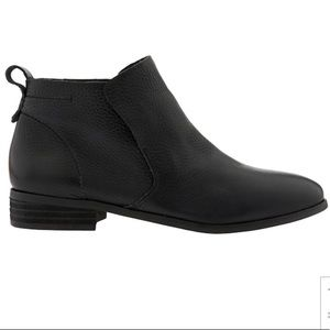Lane shootie by Dr Scholls boots
